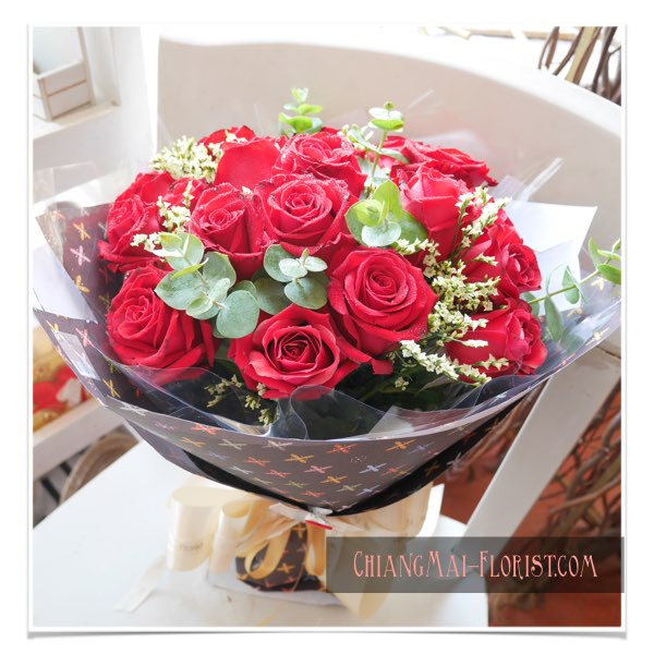 Valentine flower red rose delivery chiang mai